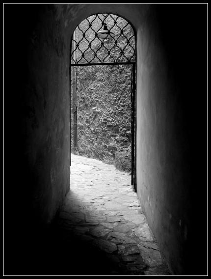 przejście, zamek Czocha, wakacje 2009r.